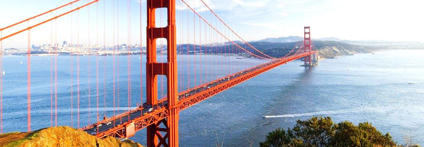 Photo of the Golden Gate Bridge in San Fransisco, CA